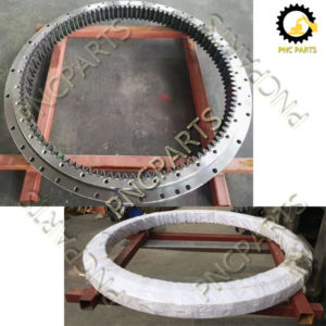 SK200 6 swing circle 300x300 - Kobelco SK200-6 Slewing Ring Assy YN40F00007F1 YN40F00008F1