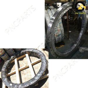 SK210LC 6E YN40F00019F1 Slew Ring 300x300 - Kobelco SK210LC-6E Slew Ring SK210LC-6E Swing Bearing
