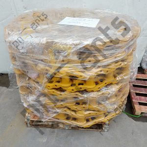 D4H track chain assy 300x300 - D4H Track Chain Assy 108-0954 Track Link Assy Undercarriage Parts